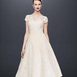 Oleg Cassini Size 16 Tea cut Wedding Dress